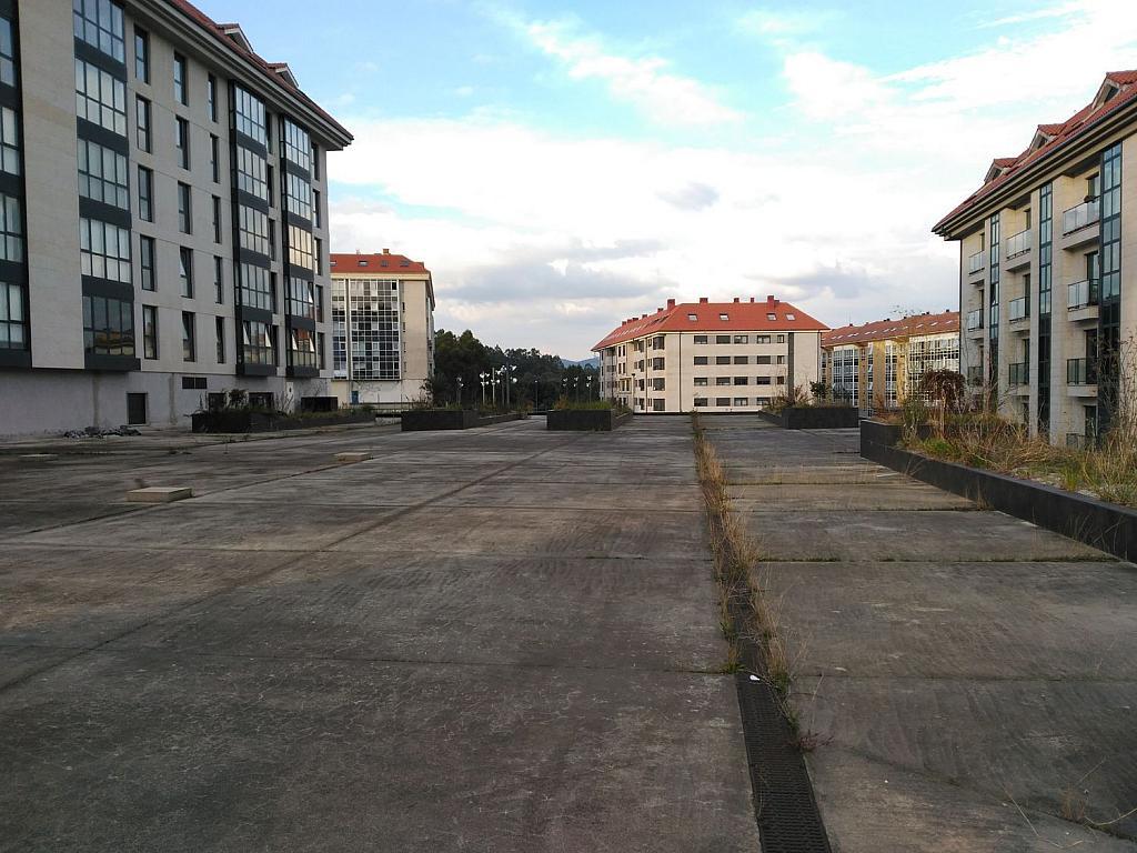 Local comercial en alquiler en calle Pardiñeiros, Milladoiro (O) - 356882097