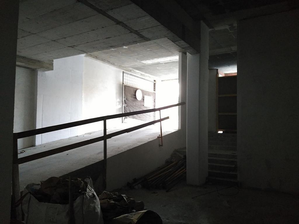 Local comercial en alquiler en calle Pardiñeiros, Milladoiro (O) - 356882103