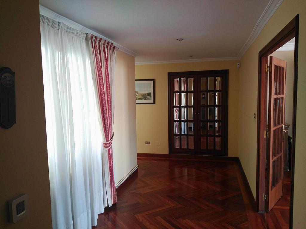 Piso en alquiler en calle Da Senra, Santiago de Compostela - 362195087
