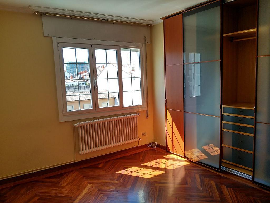 Piso en alquiler en calle Da Senra, Santiago de Compostela - 362195141
