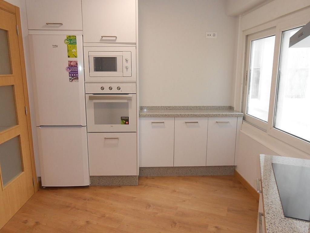 Piso en alquiler en calle Av Buenos Aires, Ensanche en Coruña (A) - 312587807