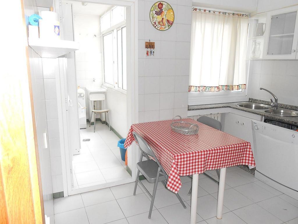 Piso en alquiler en calle Ciudad de Lugo, Ensanche en Coruña (A) - 340816844