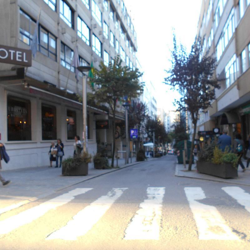 Local comercial en alquiler en calle De Montero Ríos, Santiago de Compostela - 359423066