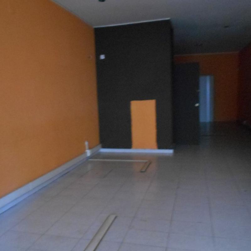 Local comercial en alquiler en calle De García Prieto, Santiago de Compostela - 357381797
