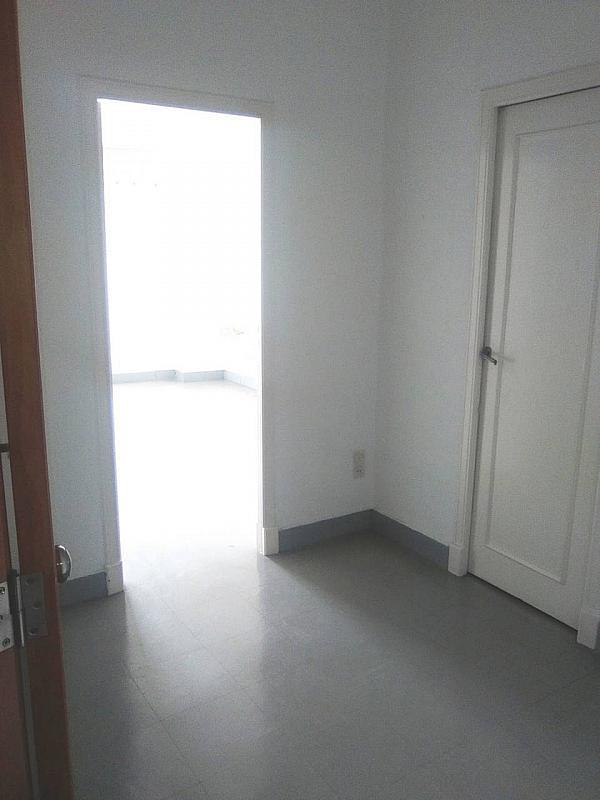 Oficina en alquiler en La Roqueta en Valencia - 327571110