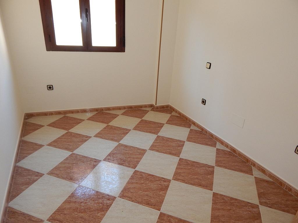 Piso en alquiler en calle Nuestra Señora de la Poveda, Villa del Prado - 331029050