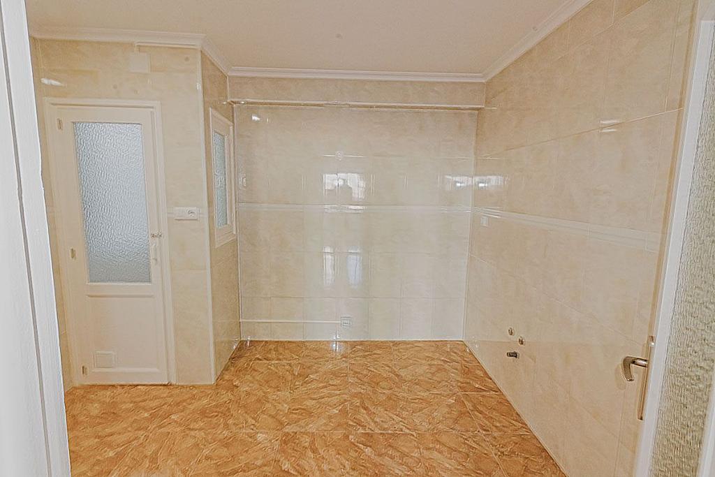 Imagen sin descripción - Apartamento en venta en Mercado en Alicante/Alacant - 316935452