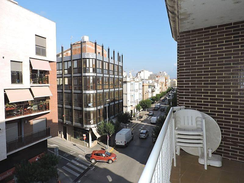 Foto - Piso en alquiler en calle Av de la Ràpita, Amposta - 331406109