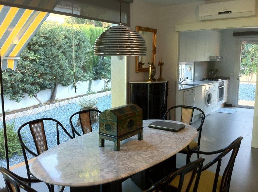 Casa en alquiler en La Cañada en Paterna - 359320097