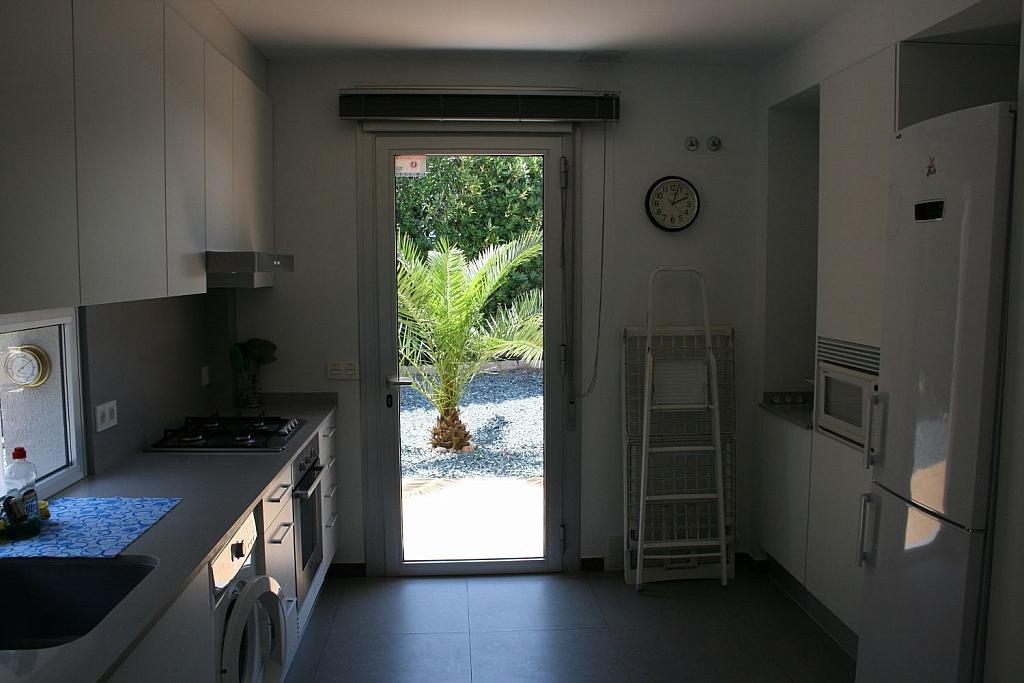 Casa en alquiler en La Cañada en Paterna - 359320127