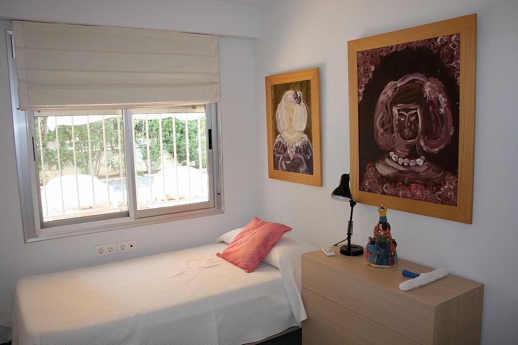 Casa en alquiler en La Cañada en Paterna - 359320136