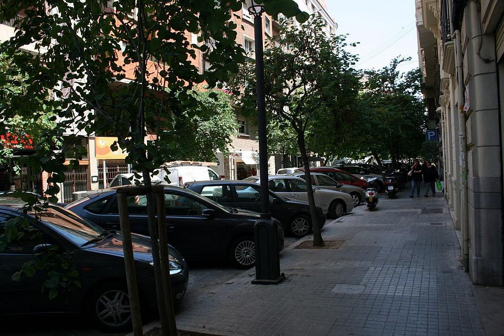 Local comercial en alquiler en El Pla del Remei en Valencia - 359317157