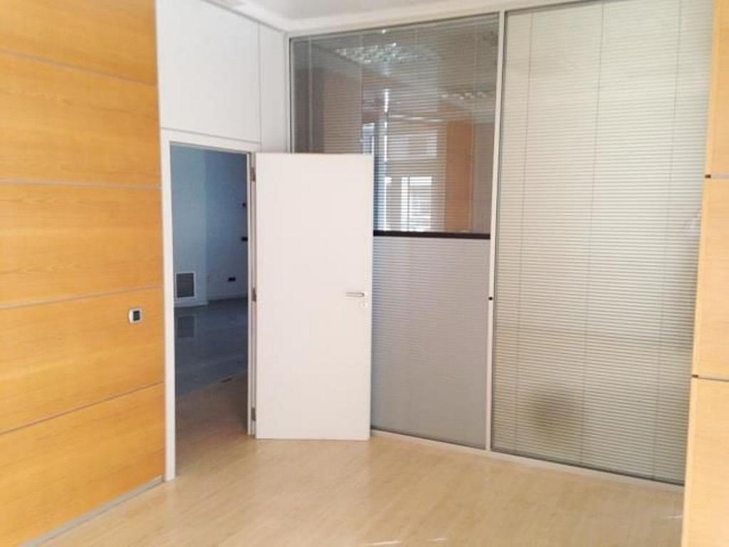 Local comercial en alquiler en El Pla del Remei en Valencia - 359320937