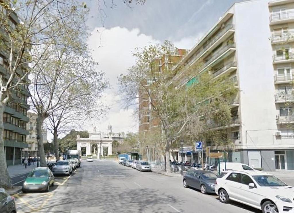 Local comercial en alquiler en El Pla del Remei en Valencia - 359320940