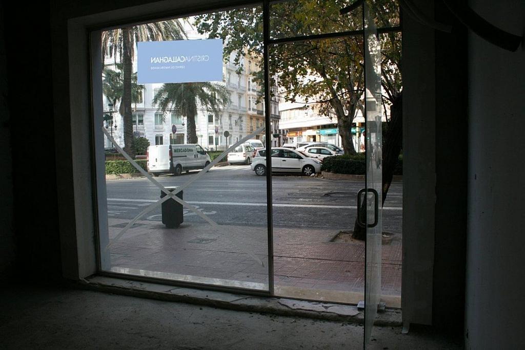 Local comercial en alquiler en Gran Vía en Valencia - 359315393