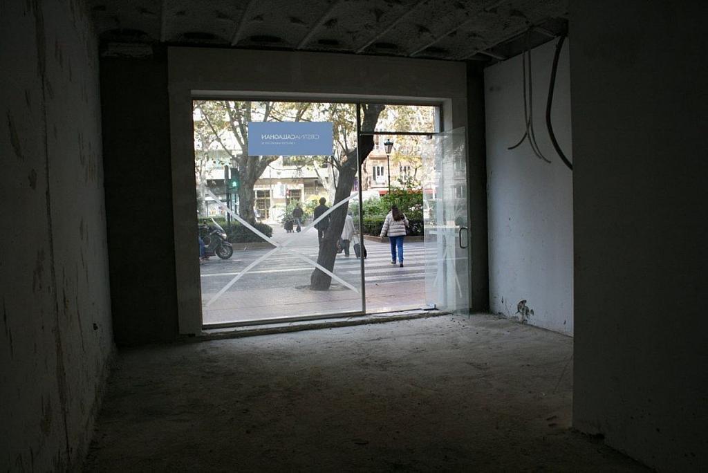 Local comercial en alquiler en Gran Vía en Valencia - 359315405