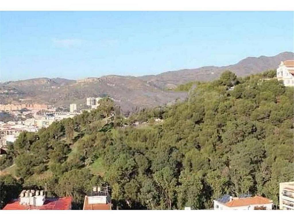 Piso en alquiler en El Ejido-La Merced-La Victoria en Málaga - 330602597