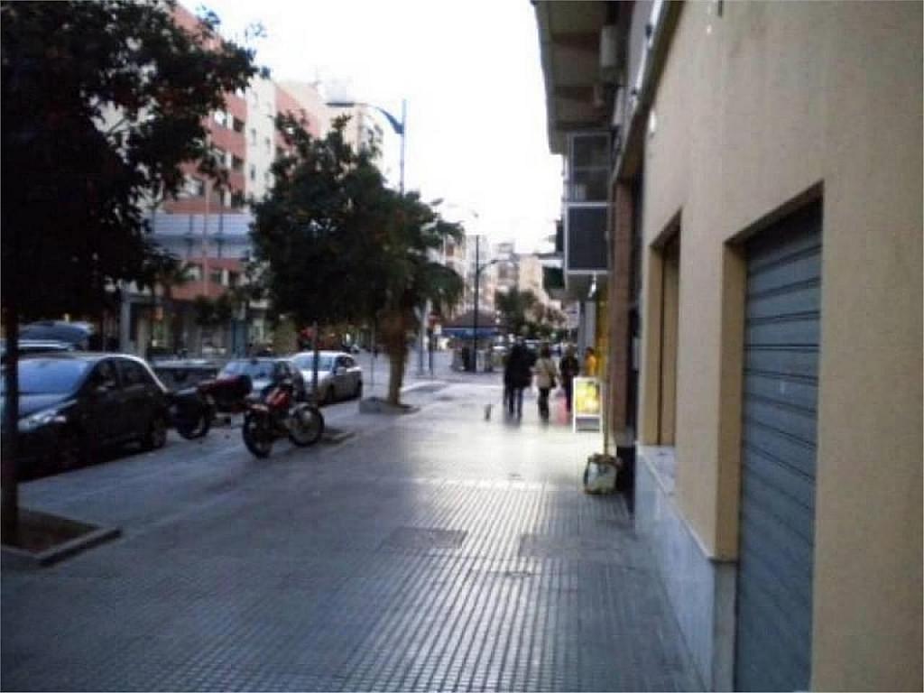 Local comercial en alquiler en Ensanche Centro-Puerto en Málaga - 358729530