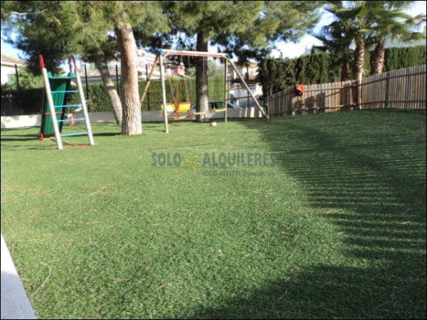 ZONA INFANTIL - Chalet en alquiler en calle Torres Blancas, Alcayna - 69528334