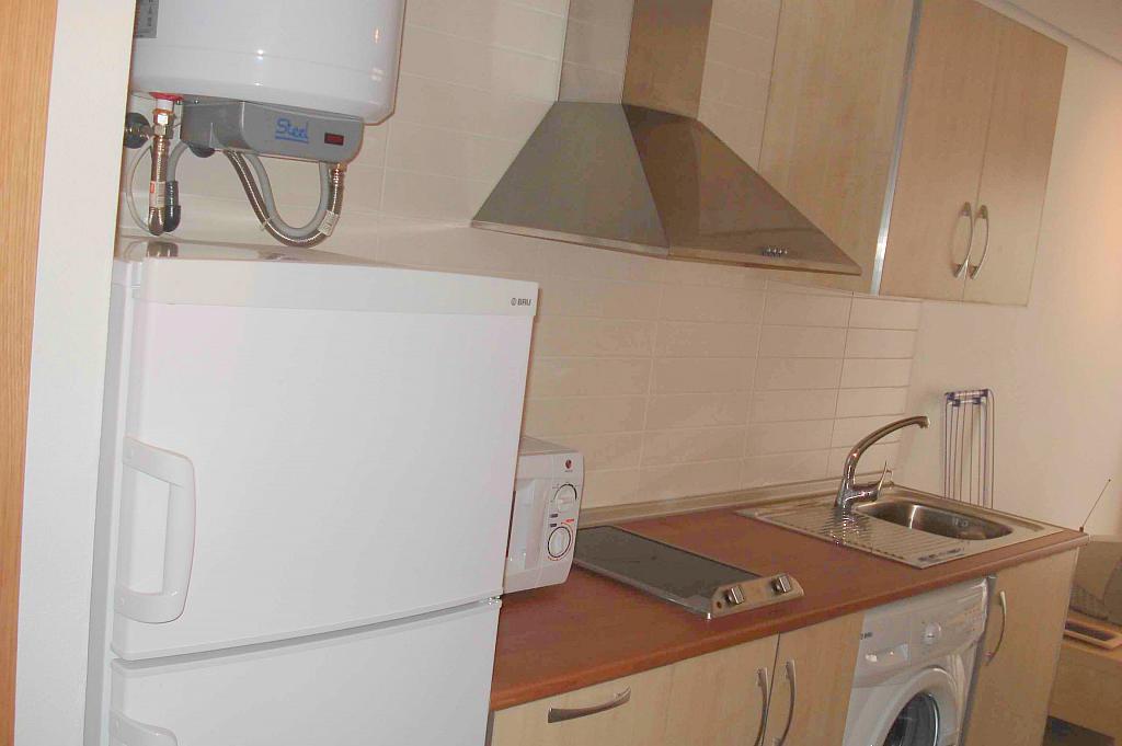 Estudio en alquiler en calle Santa Angela, La Flota en Murcia - 357249110