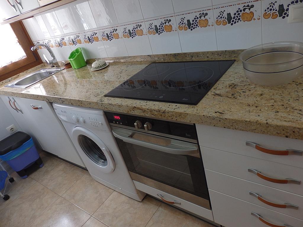 Cocina - Piso en alquiler de temporada en calle Pedro del Camino Mijarazo, Ajo - 256415805