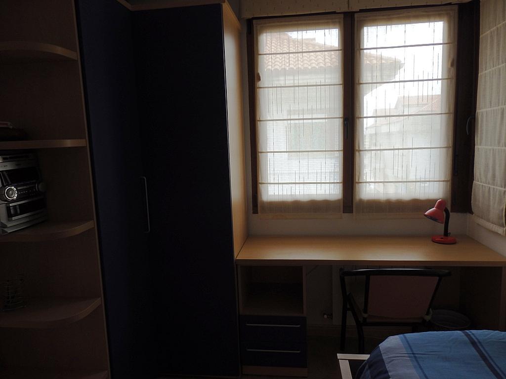 Dormitorio - Piso en alquiler de temporada en calle Pedro del Camino Mijarazo, Ajo - 256415831