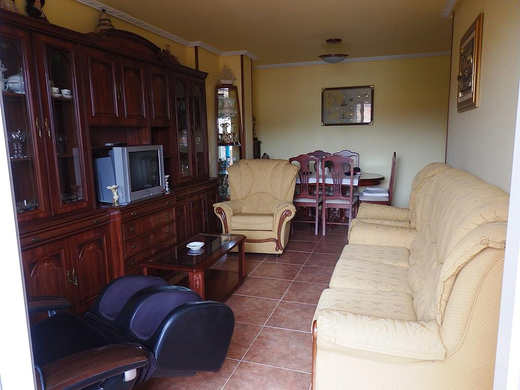 Salón - Piso en alquiler de temporada en calle Benedicto Ruiz, Ajo - 294967954