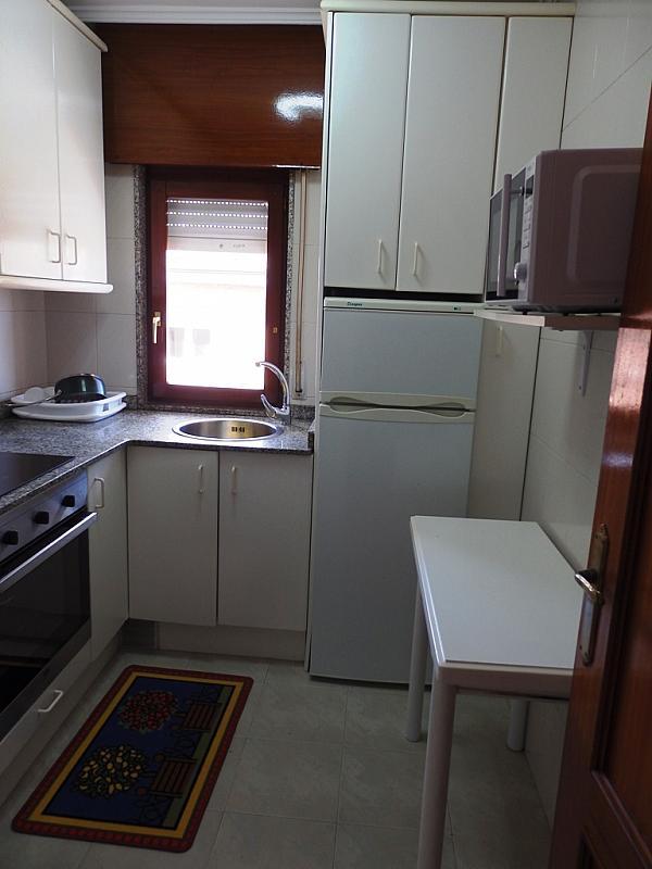 Cocina - Piso en alquiler de temporada en calle Benedicto Ruiz, Ajo - 298042368