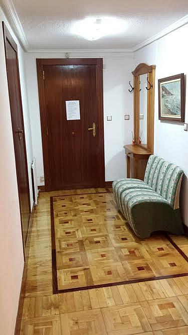 Vestíbulo - Piso en alquiler en calle Republica Argentina, Castro-Urdiales - 317188004