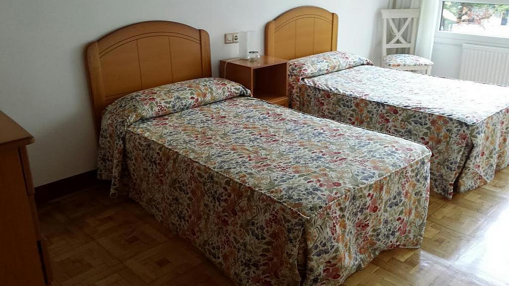 Dormitorio - Piso en alquiler en calle Republica Argentina, Castro-Urdiales - 317188012