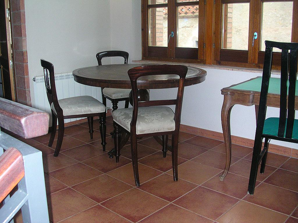 Salón - Casa rural en alquiler en calle Bonaire, Sant Mori - 233538538