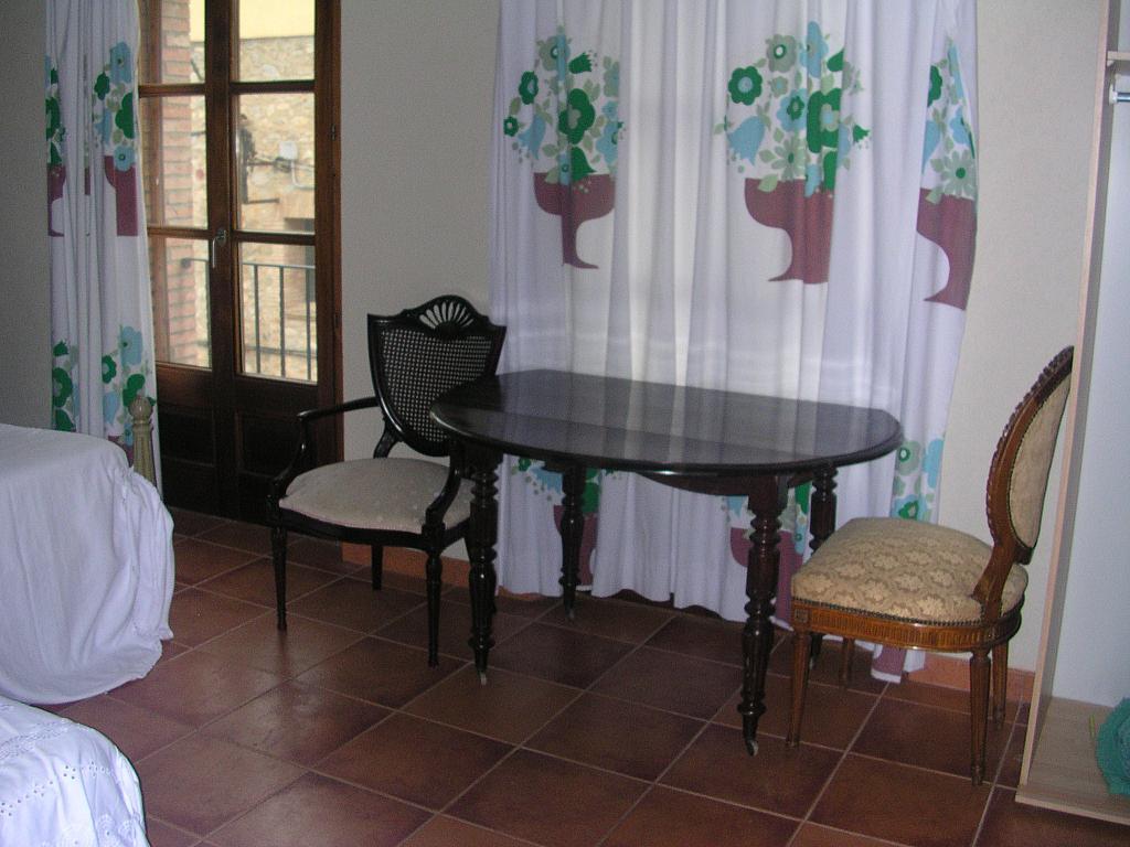 Dormitorio - Casa rural en alquiler en calle Bonaire, Sant Mori - 233538576