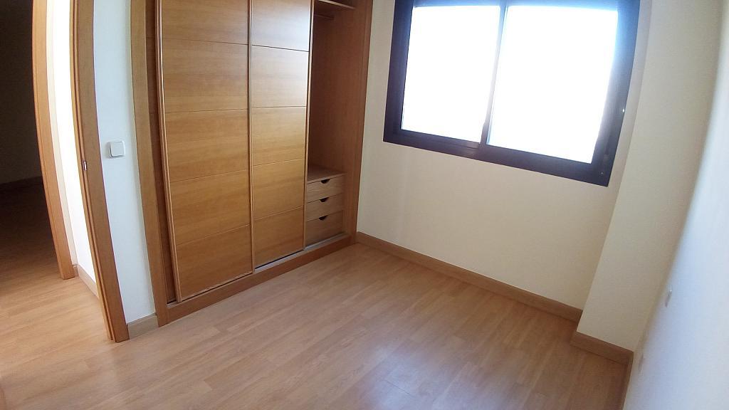 Ático en alquiler en calle Euro, Pau de Carabanchel en Madrid - 351497147