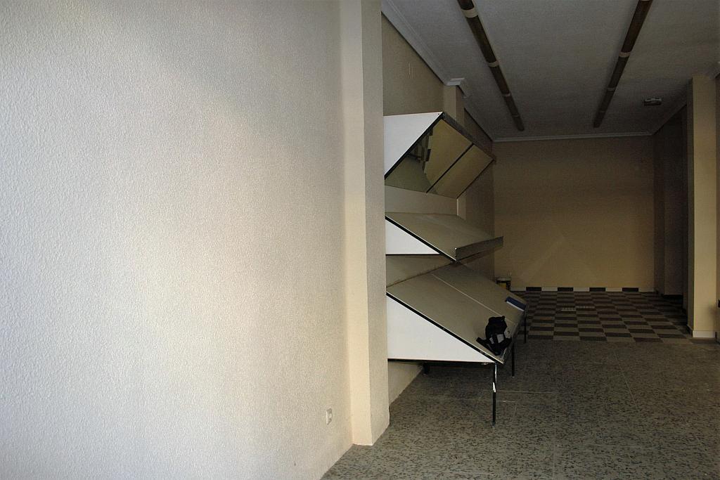 Local comercial en alquiler en calle Argüeso, Abrantes en Madrid - 213895240