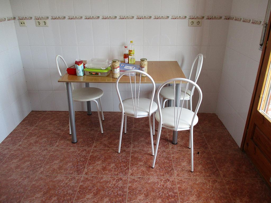Casa en alquiler en calle , Peralada - 281671435