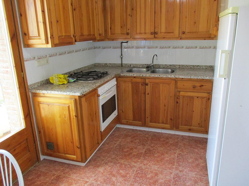 Casa en alquiler en calle , Peralada - 281671438