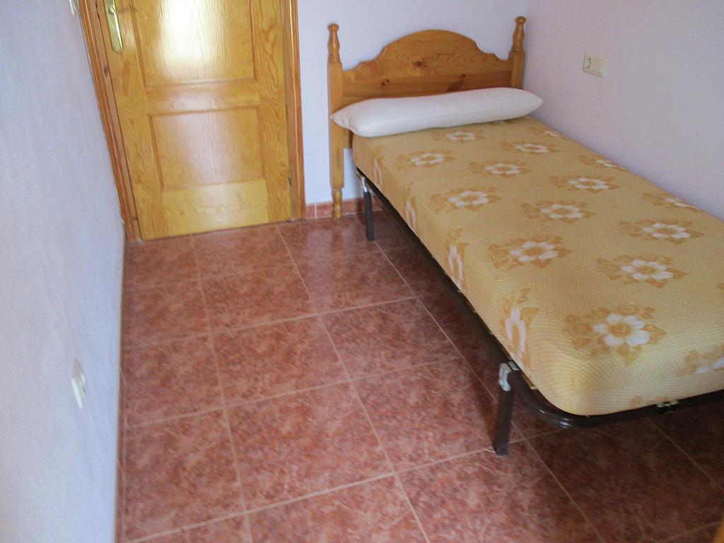 Casa en alquiler en calle , Peralada - 281671458