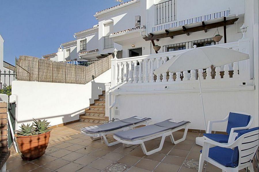 Foto 4 - Casa adosada en alquiler de temporada en Caleta de Velez - 215727371