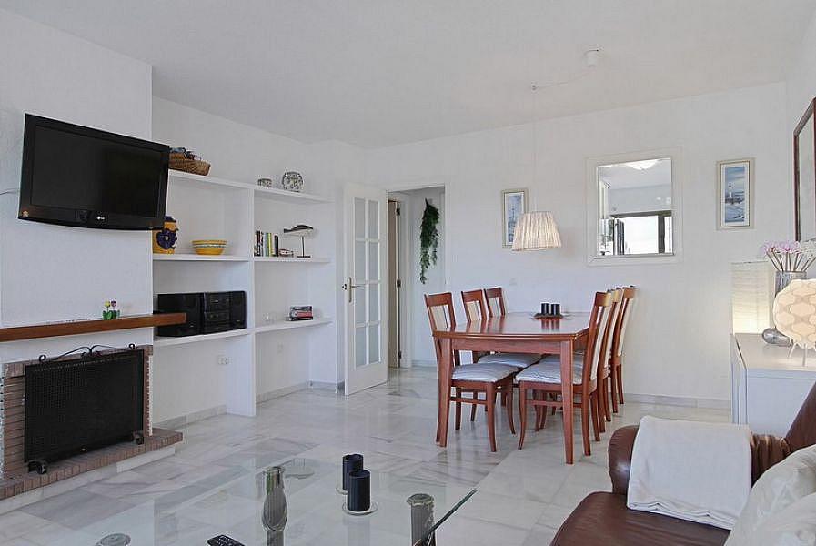 Foto 9 - Casa adosada en alquiler de temporada en Caleta de Velez - 215727386