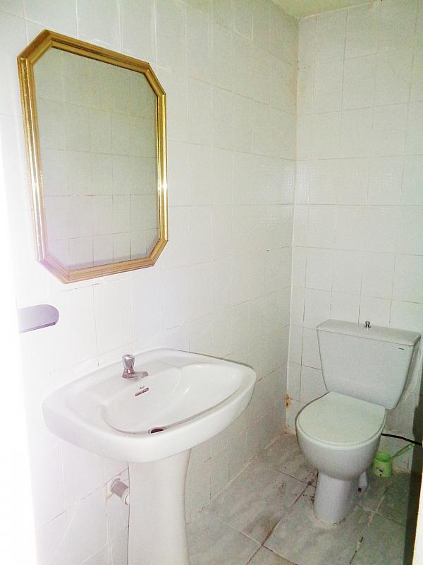 Baño - Local comercial en alquiler en calle Santo Tomas de Aquino, Centro en Parla - 241570971