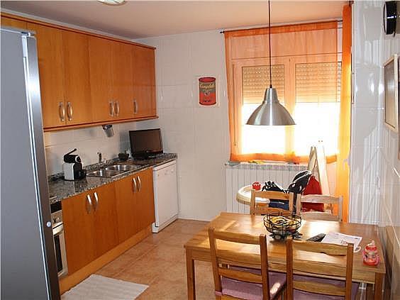 Casa adosada en alquiler en Alpicat - 377261376