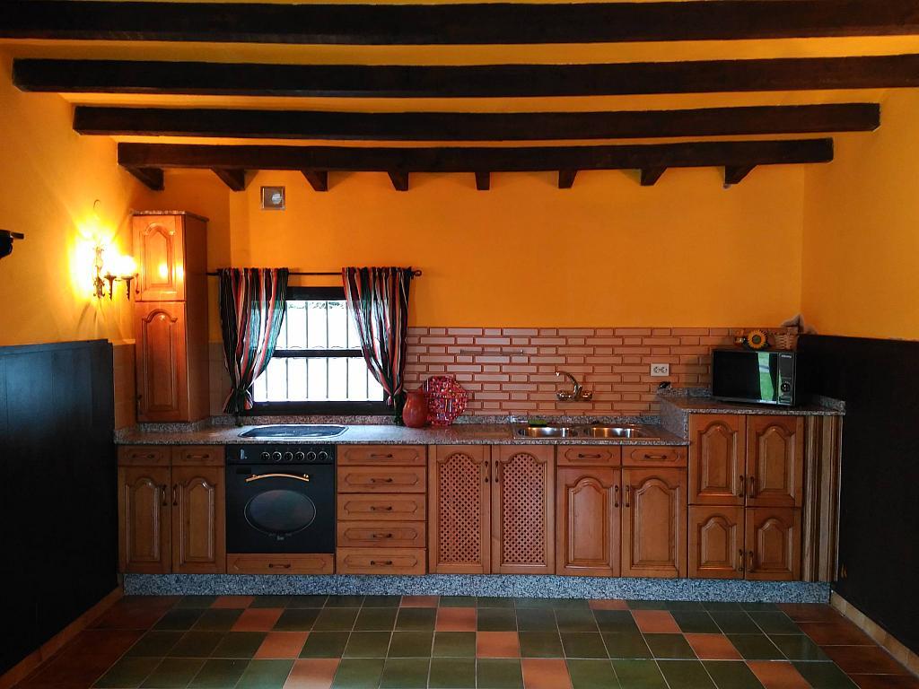 Comedor - Chalet en alquiler opción compra en barrio Peruyera, Carreño - 284331298