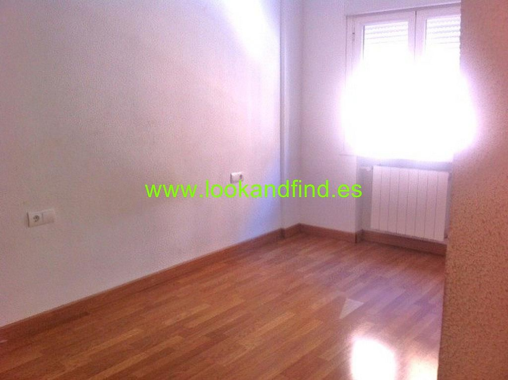 Dormitorio - Piso en alquiler en calle Valdivia, Salamanca - 330442999