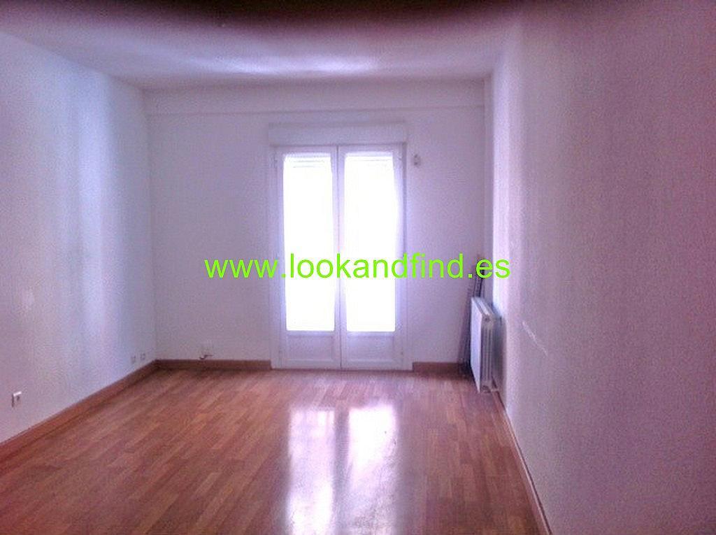 Dormitorio - Piso en alquiler en calle Valdivia, Salamanca - 330443002