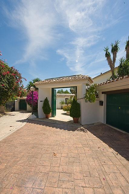 Villa en alquiler en calle Torremuelle, Benalmádena Costa en Benalmádena - 245210271