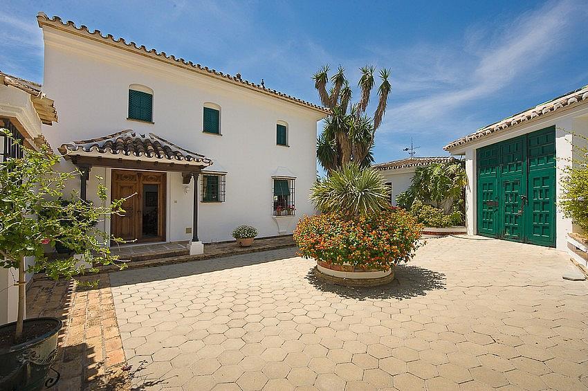 Villa en alquiler en calle Torremuelle, Benalmádena Costa en Benalmádena - 245210276