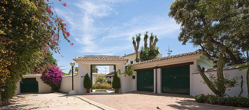 Villa en alquiler en calle Torremuelle, Benalmádena Costa en Benalmádena - 245210394