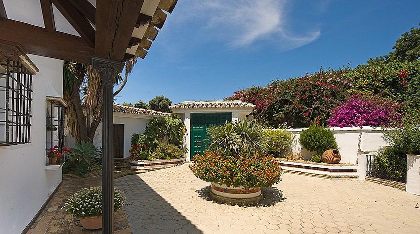 Villa en alquiler en calle Torremuelle, Benalmádena Costa en Benalmádena - 245210543