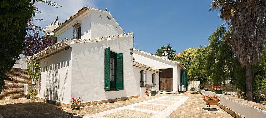 Villa en alquiler en calle Torremuelle, Benalmádena Costa en Benalmádena - 245210559
