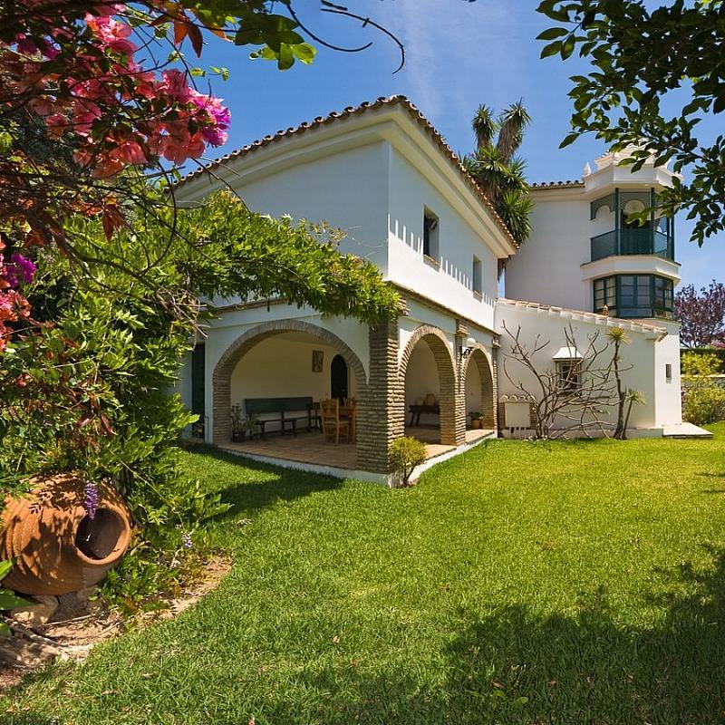 Villa en alquiler en calle Torremuelle, Benalmádena Costa en Benalmádena - 245210577